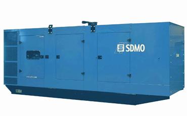 SDMO Стационарная электростанция X800 в кожухе